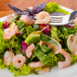 Fresh salad with shrimp — Stock Photo