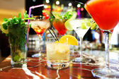 Barevné koktejly — Stock fotografie
