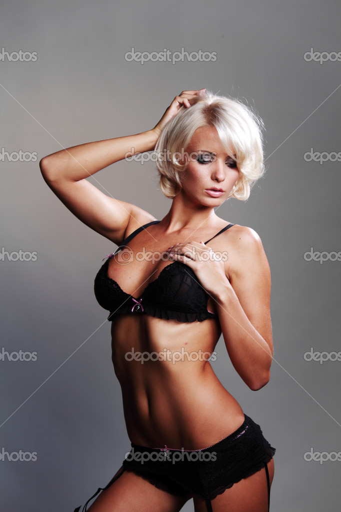 Underwear woman in studio — Stock Photo #11017582