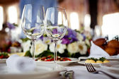 Empty glasses set in restaurant — Stock Photo