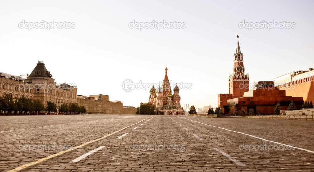 Red Square in Moscow at early morning — Stock Photo #11655948