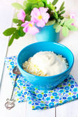 Cottage cheese in bowl. — Stock Photo