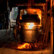 Ladle of molten steel in a iron foundry — Stockfoto