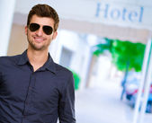 Young Attractive Man With Sunglasse — Stock Photo