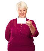 Bir kart tutan üst düzey kadın — Foto de Stock