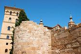 La zuda tour et romain murs à saragosse — Photo