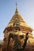 Golden Pagoda and Buddha — Stock Photo
