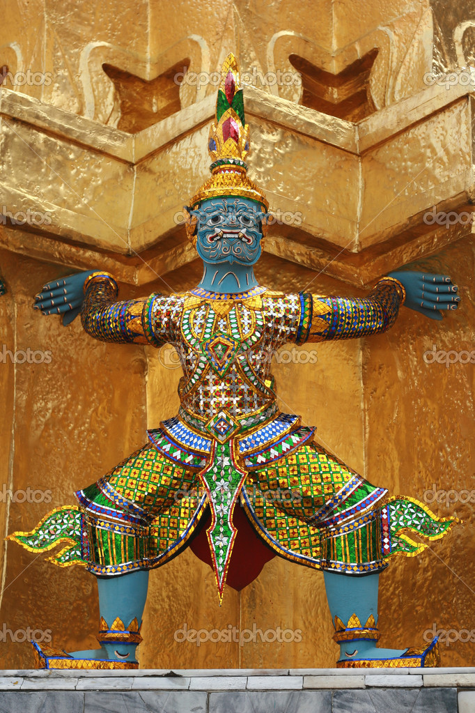 Statue on Grand Palace, Thailand — Stock Photo #11740780
