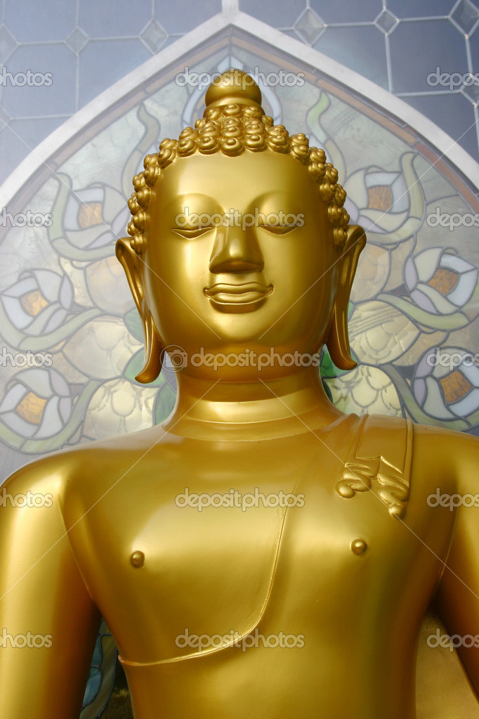 Golden Buddha Stature in Thailand — Stock Photo #11740875