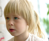 3-year-old girl thoughtfully — Stock Photo