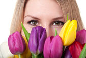 Beauty woman with tulip — Stock Photo