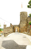 Arch of entry to Hostalric's castle — Stock Photo