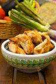 Fried samosas — Stock Photo