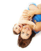 Bebê com a mãe, isolado no fundo branco — Fotografia Stock