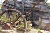 Old iron gear abandoned — Stock Photo
