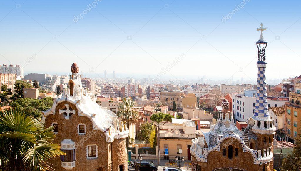 Barcelona park guell gaudi modernizm ile � Stok Foto � lunamarina ...