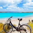 Bicycle in formentera beach on Balearic islands — 图库照片