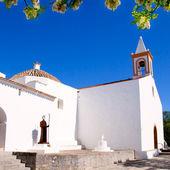 Ibiza white church in sant Joan de Labritja — Stock Photo