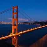Golden gate bridge przez noc w san francisco — Zdjęcie stockowe