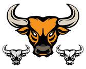 Głowa byka na białym tle — Wektor stockowy