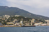 View of the seafront of Yalta — Stock Photo