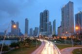 日没でパナマ シティの景色. — ストック写真
