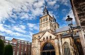 Roman catholic Basilica of Saint Servatius in Maastricht — Stock Photo