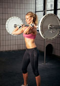 Fitness Woman Lifting Heavy Weight — Stock Photo
