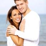 schöne junge Paar Lächeln beim posing — Stockfoto