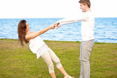 Cute Couple Enjoying Themselves By the Beach — Stock Photo