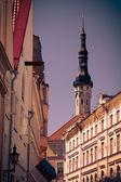 The medieval street in Old Tallinn — Stockfoto