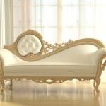Luxurious sofa in modern interior apartment — Stock Photo #11959354