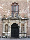 Ingresso chiesa di san pietro — Foto Stock
