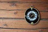 古い時計の古い家 — ストック写真