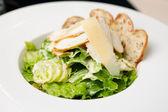 Caesar salad — Стоковое фото
