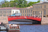Red bridge in St. Petersburg — Stock Photo