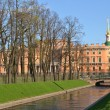 Mikhailovsky castle and Summer Garden — Stock Photo #11546969