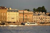 The English Embankment in St.Petersburg — Stock Photo