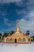 Templo na república da união de myanmar — Fotografia Stock