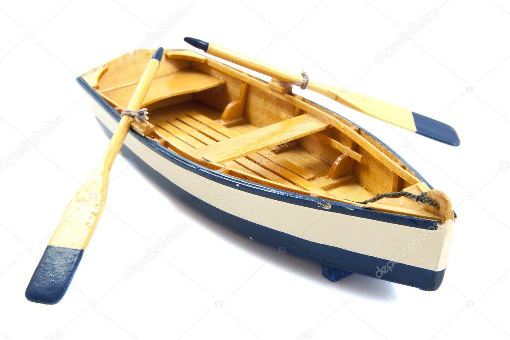 лодка где много весел название