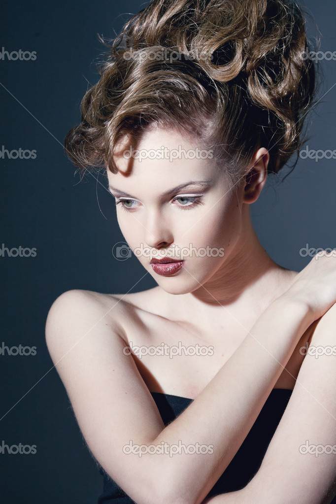 Closeup portrait of a sexy young caucasian woman with red lips — Stock Photo #11693861