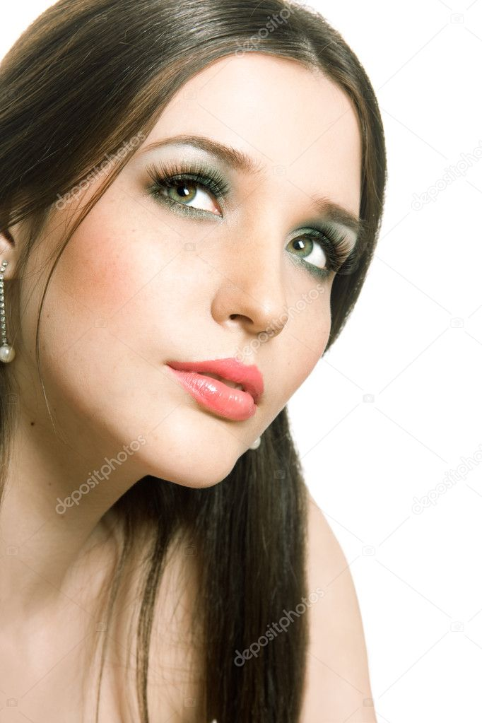 Beautiful brunette girls face — Stock Photo #11895509