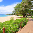 Kaanapali beach boardwalk — Stock Photo