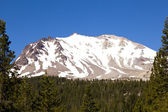Snow on Mount Lassen in the national park — Zdjęcie stockowe