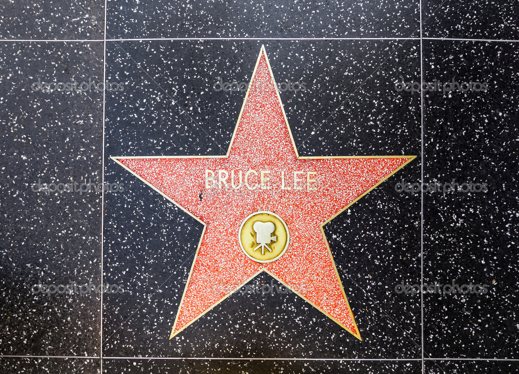 HOLLYWOOD - JUNE 26: Bruce Lee's star on Hollywood Walk of Fame on June 26, 2012 in Hollywood, California. This star is located on Hollywood Blvd. and is one of 2400 celebrity stars. — Stock Photo #11530076