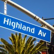 Street sign Highland Av in Hollywood - Zdjęcie stockowe