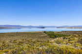 Beautiful Mono Lake in California near Lee Vining — Stock Photo