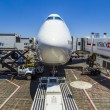 Lufthansa Boeing 747 parks at gate position — Stock Photo
