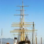 Vintage 1886 sailing ship, Balclutha, and 1914 paddle wheel tug — Stock Photo