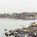 Ganjes river at sunrise, Varanasi, India — Stock Photo